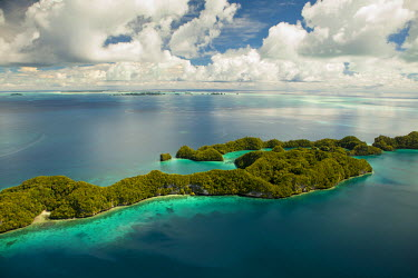 OC16MWT0011 Aerial view of Rock Islands of Palau, Micronesia (UNESCO World Heritage Site).