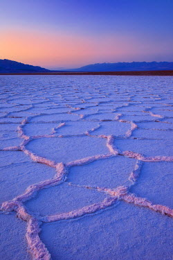 US05BJN0008 Salt Polygons near Badwater Basin, Death Valley, California, USA.