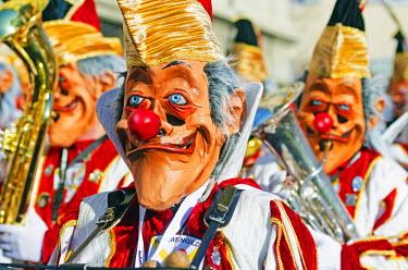 SWI7048 Europe, Switzerland, Basel, Fasnact spring carnival parade