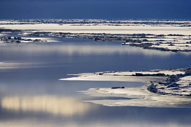 ANT0900AW Antarctica, Phantom Coast, Amundsen Sea. Late evening among the pack ice off the Phantom Coast, Amundsen Sea.