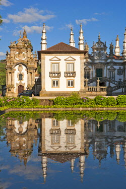 POR7372AW Europe, Portugal, Vila Real, the 18th Century baroque palace and arts foundation (Fundacao da Casa de Mateus) built in the first half of the 18th Century by Antonio Jose Botelho Mourao (1688-1746), 3r...