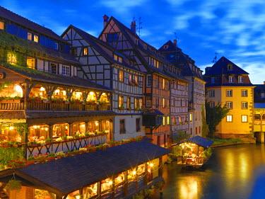 FRA7936AW France, Alsace, Strasbourg, La-Petite-France