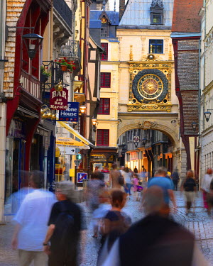 FRA7997AW France, Normandy, Rouen, Le Gros Horloge and pedestrian road