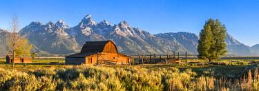 US32041 John Moulton historic barn, Mormon Row, Grand Teton National Park, Wyoming, USA