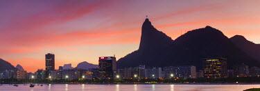 BRA2162AW Botafogo Bay and Christ the Redeemer statue at sunset, Rio de Janeiro, Brazil