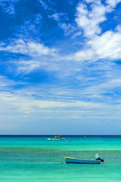 BB030RF Caribbean, Barbados, Oistins, Oistins Beach