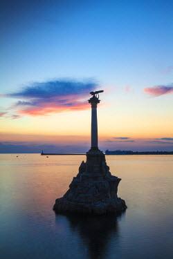 UA02281 Ukraine, Crimea, Sevastopol, Eagle Column - Monument to the Scuttled Ships