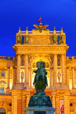 AU01271 Prince Eugene Statue, Hofburg Palace Exterior, Vienna, Austria, Central Europe