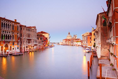 ITA2338 Italy, Veneto, Venice. The Grand Canal and church of Santa Maria della Salute in the background. UNESCO.
