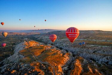 AS37AKA1865 Aerial view of hot air balloons, Cappadocia, Central Anatolia, Turkey