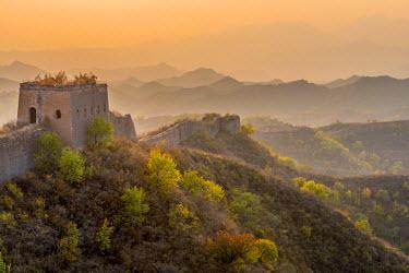 CN02102 China, Beijing Municipality, Miyun County, Great Wall of China (UNESCO World Heritage Site), Gubeikou to Jinshanling section