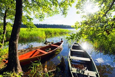 POL1400 Europe, Poland, Wigry National Park, boats on Lake Wigry