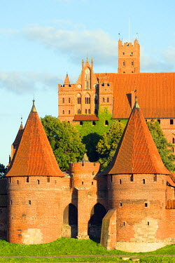 POL1441 Europe, Poland, Pomerania, medieval Malbork Castle, Marienburg Fortress of Mary, Unesco site