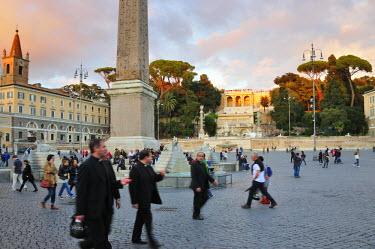 ITA2465AW Piazza del Popolo. Rome, Italy