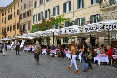 ITA2426AW Piazza Navona. Rome, Italy