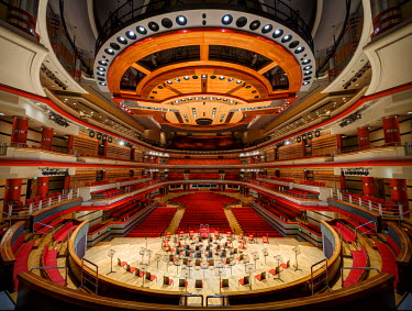 ENG11100AW Europe, United Kingdom, England, West Midlands, Birmingham, Birmingham Symphony Hall