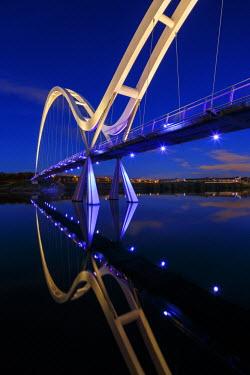 ENG11234AW Europe, United Kingdom, England, Stock On Tees, Infinity Bridge