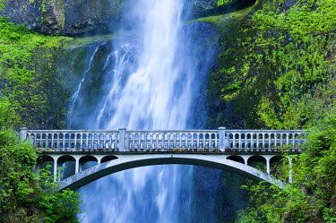 USA8896AW U.S.A., Oregon, Multnomah Falls