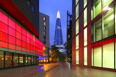 ENG11250 The Shard is an 87-storey skyscraper in London that forms part of the London Bridge Quarter development, London, England