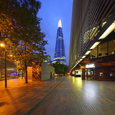 ENG11251 The Shard is an 87-storey skyscraper in London that forms part of the London Bridge Quarter development, London, England