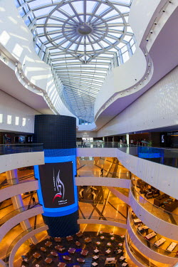 KW01160 Kuwait, Kuwait City, Al Hamra Tower, completed in 2011 includes a luxury business and shopping center