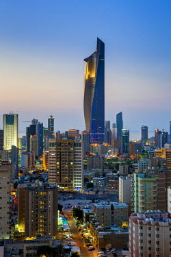 KW01163 Kuwait, Kuwait City, the Al Hamra building, tallest building in Kuwait completed in 2011