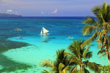 PH02165 Philippines, Visayas, Boracay Island, Diniwid Beach