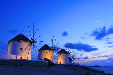 GRE0684AW Windmills Kato Mili, Mykonos-Town, Mykonos, Cyclades, Greece