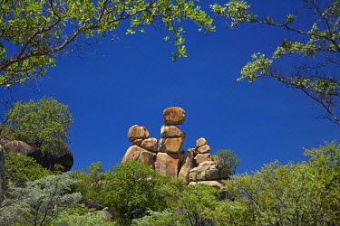 Mother and Child rock formation, Matobo National Park, Matobo Hills World Heritage Site, near Bulawayo, Zimbabwe, Africa