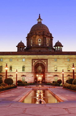 IND7563AW Asia, India, Delhi; the Secretariat - parliament buildings by Herbert Baker on Raisina Hill at the end of the Rajpath. This building in the north block houses Ministry of Defence and key cabinet offic...