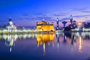 India, Punjab, Amritsar, the Golden Temple - the holiest shrine of Sikhism just before dawn