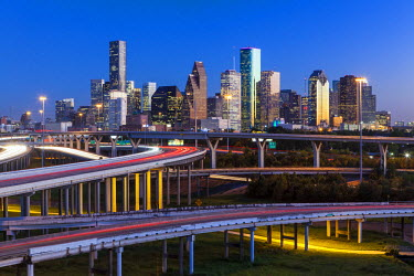 US13178 City skyline and Interstate, Houston, Texas, USA