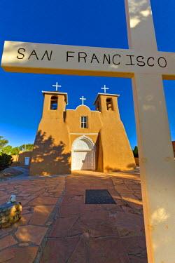US32BJA0133 USA, New Mexico, Taos. San Francisco de Asis adobe church in early morning sun. Rancho de Taos