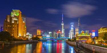 CN03220 China, Shanghai, Pudong District, Financial District skyline, including Oriental Pearl Tower, Waibaidu Bridge over Wusong River or Suzhou Creek