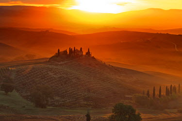 ITA2589AW Italy, Tuscany, Siena district, Orcia Valley, Podere Belvedere near San Quirico d'Orcia.