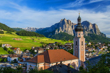 ITA2740AW Panoramic view over the mountain village of Castelrotto Kastelruth, Alto Adige or South Tyrol, Italy