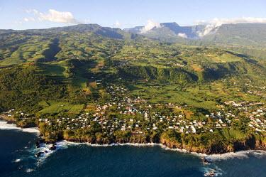 HMS0215627 Reunion Island (French Overseas department), southern coast, Petite Ile, Manapani Bay (aerial view)