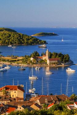 CR07178 Vis town, Franciscan monastery & harbour, Vis Island, Dalmatian Coast, Croatia