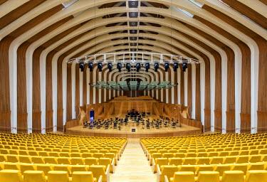 SPA5341AW Europe, Spain, Valencia, City of Arts and Sciences, Palau de les Arts