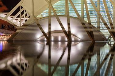 SPA5349AW Europe, Spain, Valencia, City of Arts and Sciences, Principe Felipe Science Museum