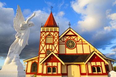 NZ01321 St Faith's Anglican church at Ohinemutu on Lake Rotorua, North Island, New Zealand