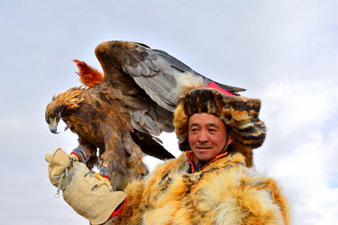 AR4992000011 Eagle Festival in Ulgi, Mongolia