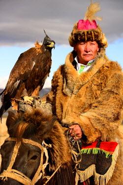 AR4992000014 Eagle Festival in Ulgi, Mongolia