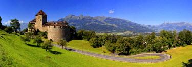 LC01002 Liechtenstein, Vaduz, Vaduz Castle (Schloss Vaduz)