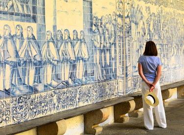POR7654AW Portugal, Beiras Alta, Viseu, Viseu Cathedral (MR)