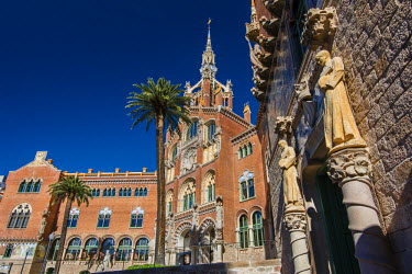 SPA5370AW Main facade of the Hospital de la Santa Creu i Sant Pau, Barcelona, Catalonia, Spain