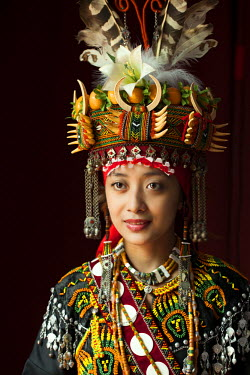 TAI0114AW Asia, East Asia, Taiwan, Nantou, Yuchi township, Formosan Aboriginal Culture Village, a Rukai woman in traditional dress