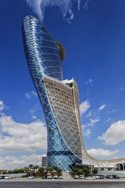 UAE0208 Exterior of the Capital Gate Hotel, designed by the architects RMJM Dubai located in Al Safarat, Abu Dhabi, United Arab Emirates