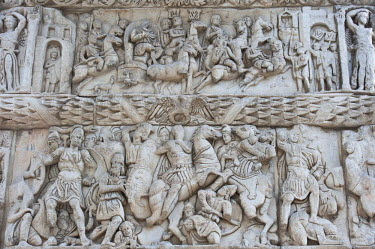Greece, Macedonia, Thessaloniki, the Arch of Galerius, triumphal arch built in the 4th century to honor the Emperor Galerius, bas-reliefs recounting the victories of the Emperor over the Persians