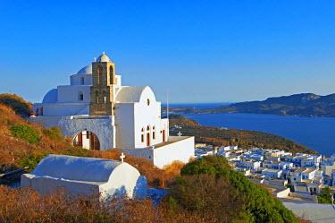 HMS0642007 Greece, Aegean Sea, Cyclades Islands, Milos Island, old village of Plaka, Kastro and the church Ipapanti
